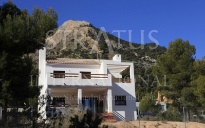 Villa - For Sale - Tibi - Urban location