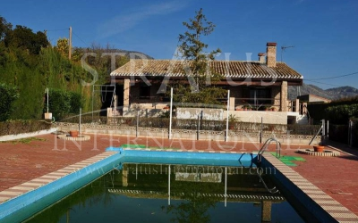 Villa - For Sale - Salinas - Rural location