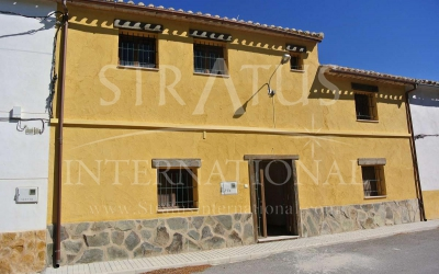 Country House - For Sale - Jumilla - Rural location