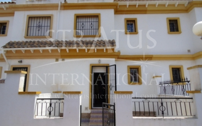 Town House - For Sale - Torrevieja - Urban location
