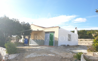 Country House - For Sale - Yecla - Rural location
