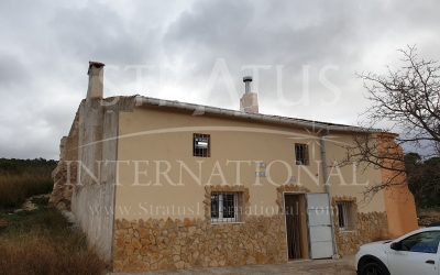 Villa - For Sale - Monóvar/Monóver - Rural location