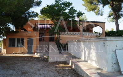Country House - For Sale - Sax - Rural location